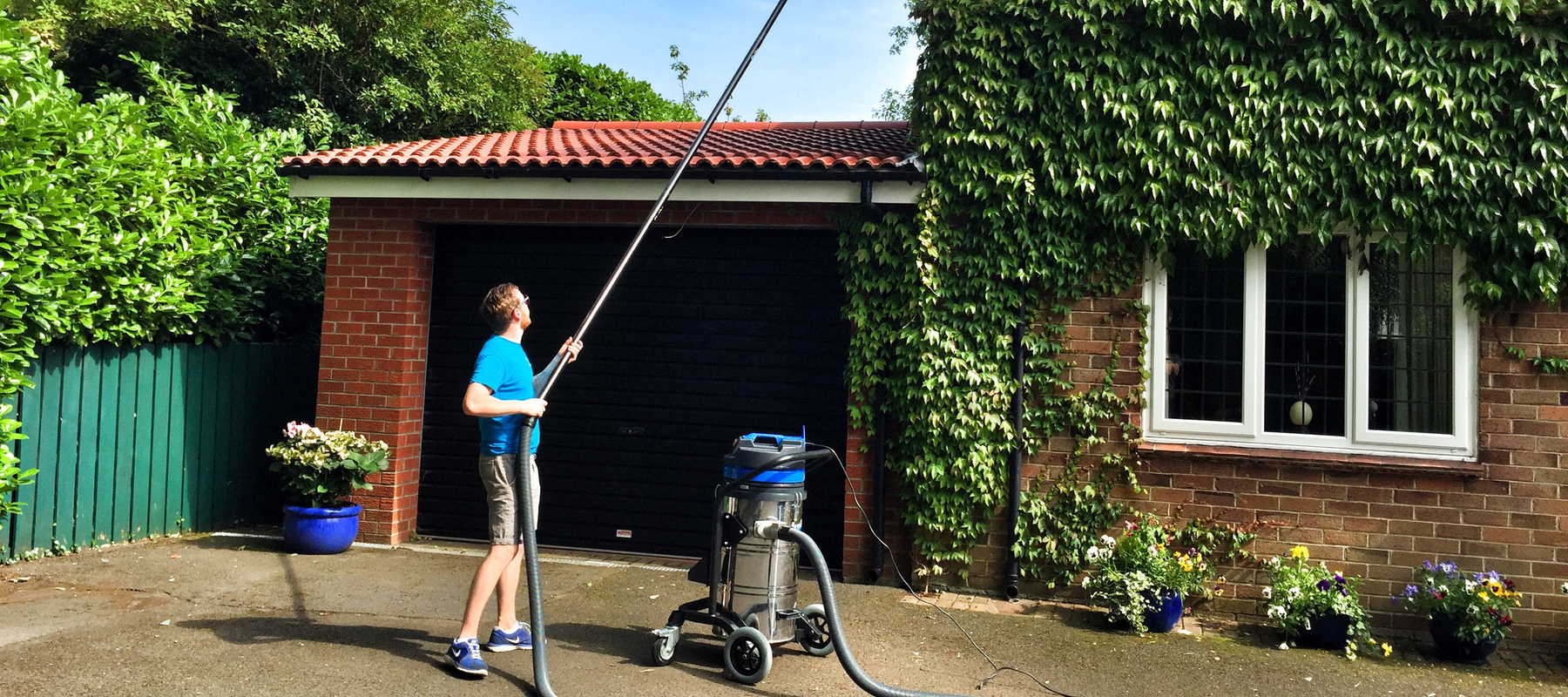 Gutter Cleaning Services In Belfast Oasis Cleaners Ni